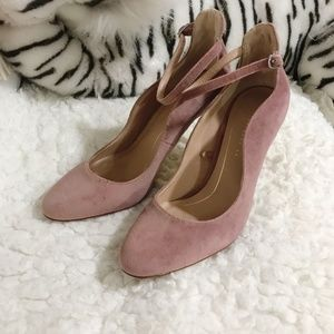 ZARA Light Pink/ Mauve Velvet ankle strap pumps